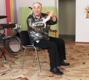 Владимир Попов - руководитель ансамбля Companelli